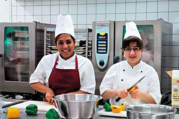Fachpraktikerinnen Küche in Ausbildung